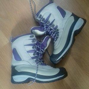 L.L. Bean Women Boot size 6